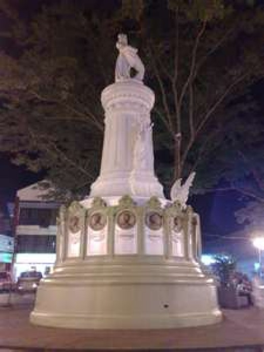 Plaza Quince Martirez in Naga City
