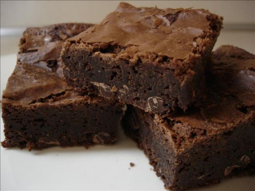I guarantee you that these are the best brownies you will ever eat. And this brownie recipe is rather easy.