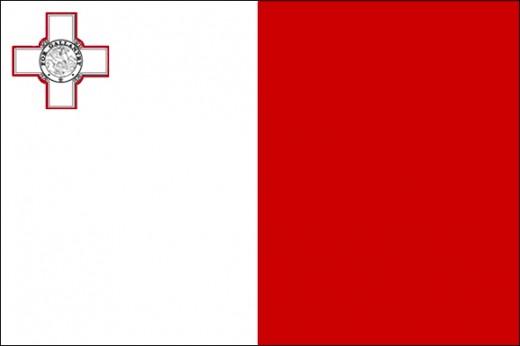 Maltese flag: George Cross, not the Maltese Cross