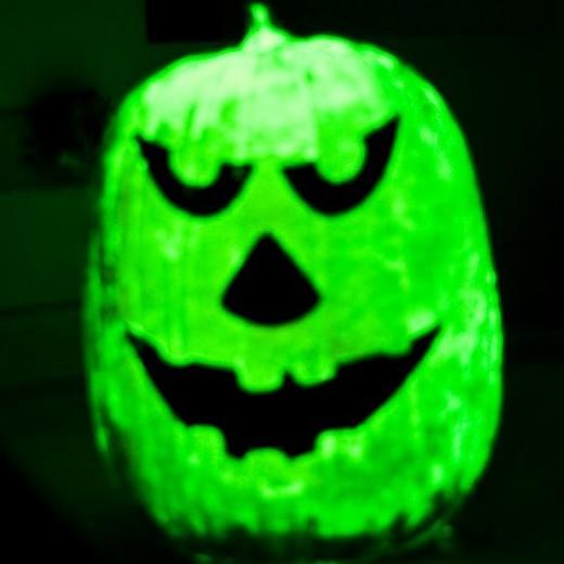 glow in the dark pumpkin