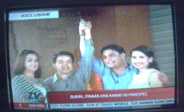 Atty. Coco Pimentel with wife and Senator Juan Miguel Zubiri with wife during a TV interview c/o ABS-CBN Channel 2 (Photo by Travel Man)