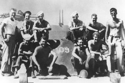 Kennedy (right) & PT 109 crew.