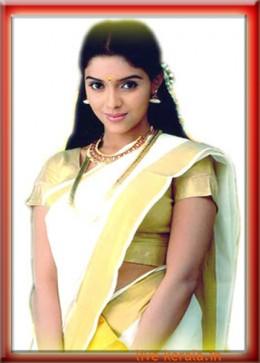 Asin in Kerala saree