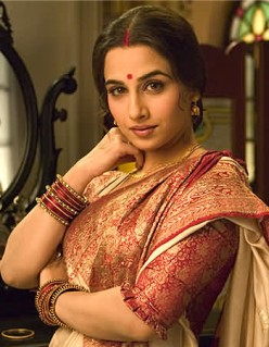 Vidya Balan in Bengali traditional saree