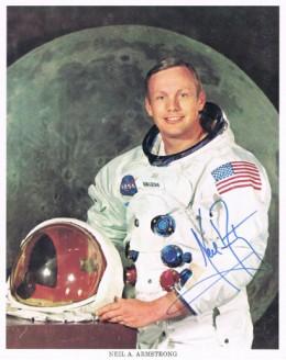 Neil Armstrong Autograph