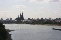 The west bank (Konrad-Adenauer-Ufer [Konrad-Adenauer-Bank]) of the Rhine in Cologne, Germany