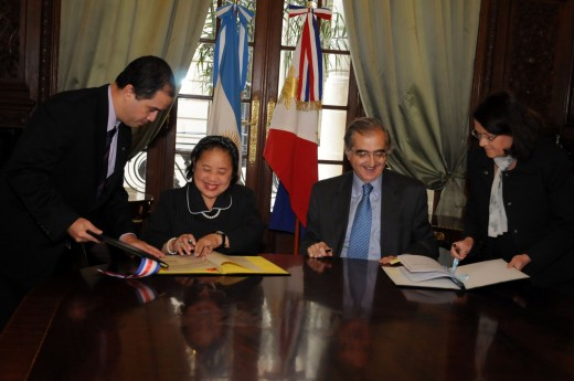 Signing of agreement between the Foreign Service Institutes of the Philippines and Argentina