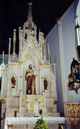 Side altar at St. Mary's Church - Praha.