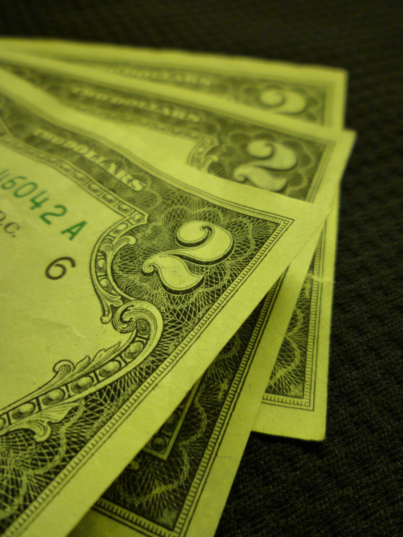Are 2 Dollar Bills Bad Luck