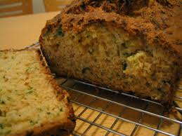 Zucchini Bread: a nutritious and delicious snack or with a meal