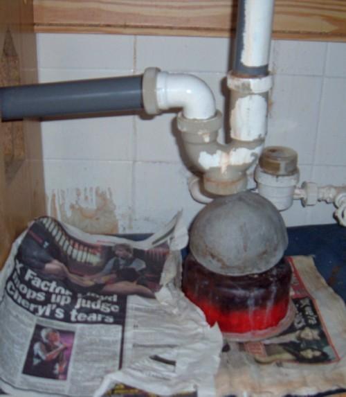 Leaking pipe