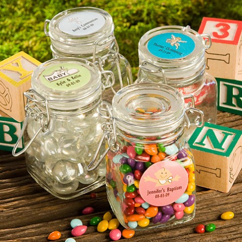 Filled with green jellybeans or M&M's, these cute little jars fit in perfectly with your peapod theme and make a great take-home gift!  Use them as part of an ice-breaker or counting game.  Found at baby-gifts-gift-baskets.com