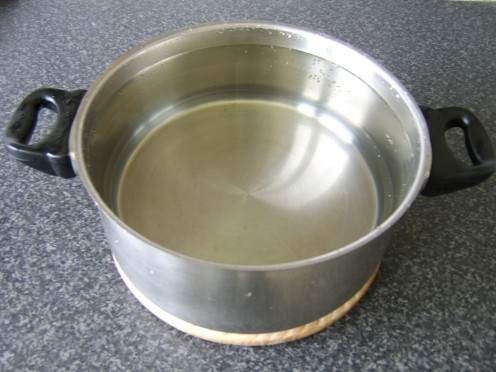 Large soup pots hold a lot of water for drinking purposes