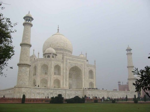 Taj In The early Morning Mist