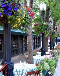 Restaurant on Bellevue just off Rush Street