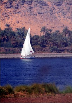 ~Stay at the Luxor Sheraton, then Take a Romantic Ride down the River Nile in this snippet.~