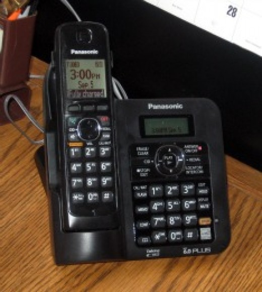 Panasonic KX-TG6645 Handset and Base