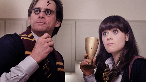 Jim Carrey and Zooey Deschanel dressed up as Harry Potter and Hermione Granger in the movie Yes, Man.