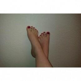 Wonderful Betty Feet...