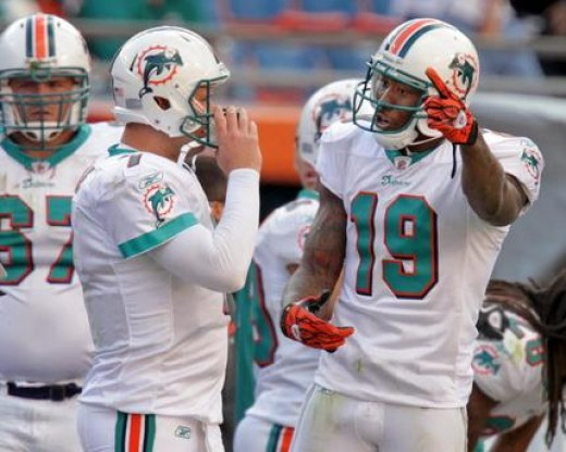 #19 Miami Dolphins Wide Receiver talks game plan with his QB Chad Henne 2010