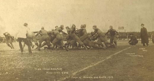 1902 football at Michigan U. Very rugby-like.