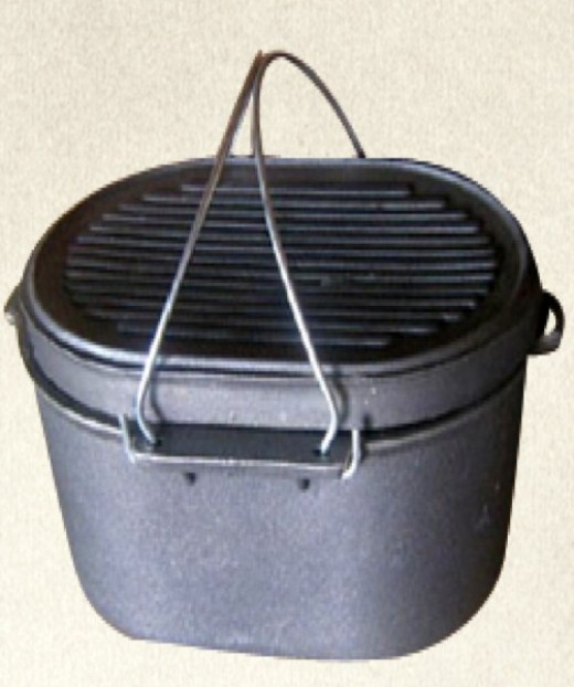 Oval Cast Iron Roaster