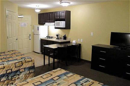 Basic Weekly Hotel (extended stay)
