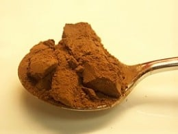 Cocoa powder containing flavonoids is very healthy.