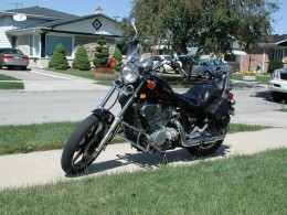 This 1985 Kawasaki Vulcan 750 shows everything that was horrendous in the first attempts at forging a Metric Cruiser.