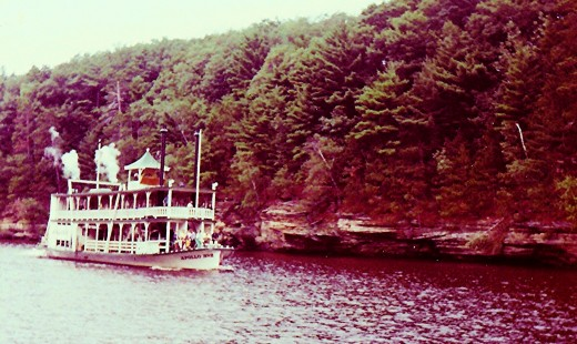 Boatrides on the Wisconsin Dells