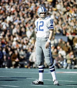 Roger Staubach looking over to the sideline
