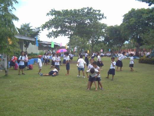 Playtime is good exercise for kids during recess in school (Photo by Travel Man, 18August2011)