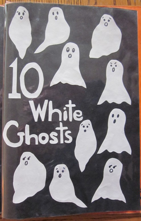 10 White Ghosts saying Boo! Boo! Boo!