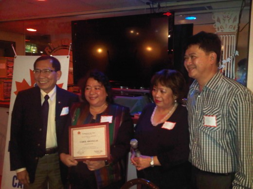 Consul General Pedro O. Chan, Marshall McLuhan Awardee for excellence in Investigative Journalism Carolyn Arguillas, PPCO officers Rose Tijam and Peter Paul de la Cruz (BB Photo by Edwin C. Mercurio)