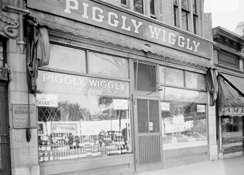 The First Piggly Wiggly
