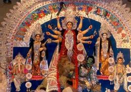 Maa Durga's sculpture during Navaratri.