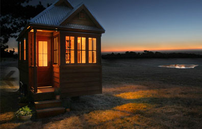 Isn't it a cute house? And what a peaceful spot to put it!