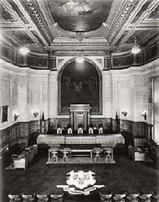 Inside the Judicial Branch Court Room from Cierra Bryant  Source: flickr.com