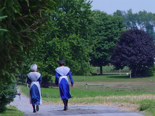 Picture of two Amish girls. Many of the groups never allow their pictures to be taken.