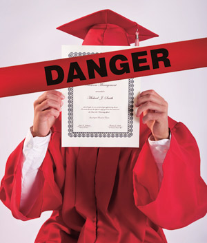 The lure of a college degree often causes otherwise cautious people to ignore red flags.