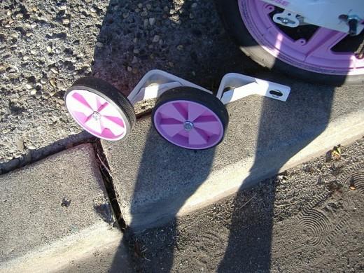 Training wheels on bike posted on Craigslist.