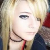 lindsy lohan222 profile image
