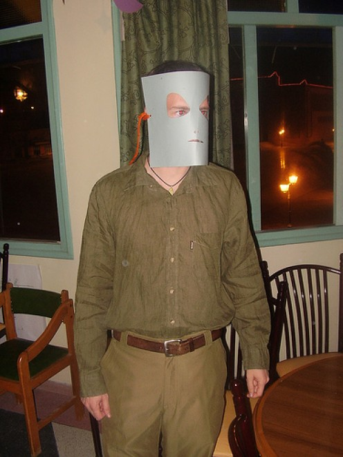 COME ON! IS THIS HALLOWEEN COSTUME FOR REAL? AND YOU WONDER WHY, WHEN YOU WEAR THIS ON HALLOWEEN, YOU ARE NOT INVITED TO HALLOWEEN PARTIES. OR ANY PARTIES.