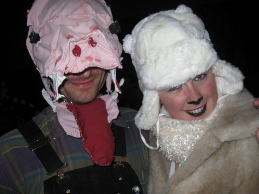SHEEP? AM I RIGHT? SHEEP GOING TO A HALLOWEEN PARTY?