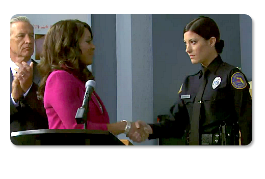 She deserves it ... or is this part of the Deputy Chief's nefarious plan to burn LaGuerta for trying to set him up? Will this ultimately lead to a Deb vs Dexter over a dead Quinn? Who knows ...
