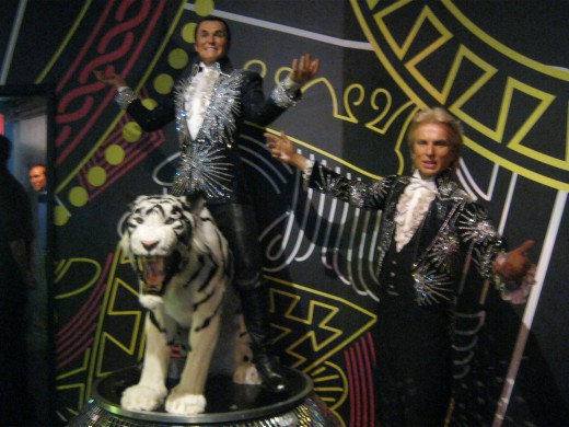 Siegfried and Roy and the tiger.