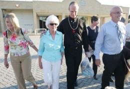 Mallard walking from Casuarina maximum security prison with his mum, Coleen Egan and John Quigley