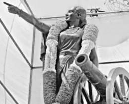 Statue of Abbakka, a brave Jain Queen of 17th Century