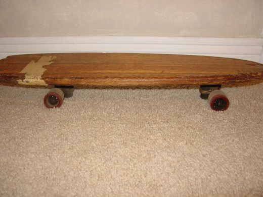 Side view of my Super Surfer, look at those worn-down wheels, thin as 1/4-inch now from years of use and miles of fun!