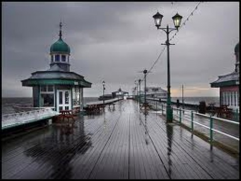Blackpool in summer:  Beach anyone!?